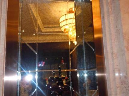 Custom-Mirrored-Walls-Picture-25