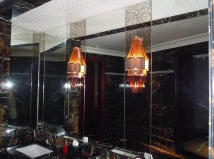 Custom-Mirrored-Walls-Picture-26