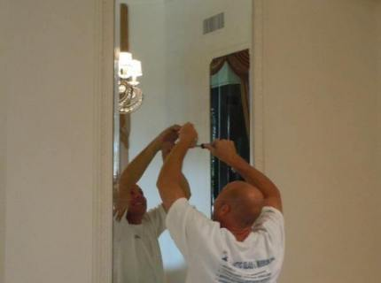 Custom-Mirrored-Walls-Picture-32