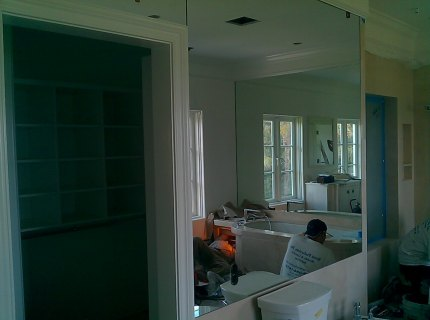 Custom-Mirrored-Walls-Picture-40