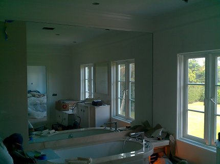 Custom-Mirrored-Walls-Picture-42