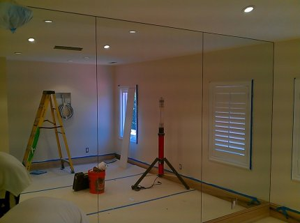 Custom-Mirrored-Walls-Picture-43