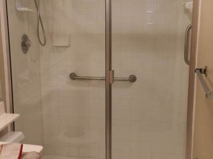 Shower-Enclouser-Picture-11