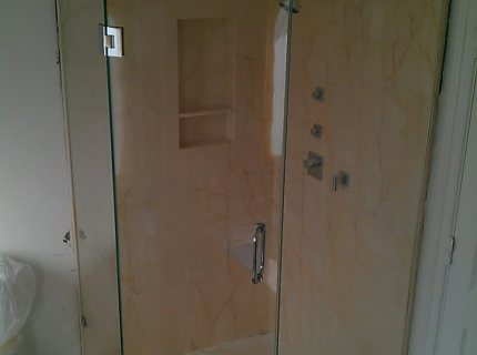 Shower-Enclouser-Picture-35
