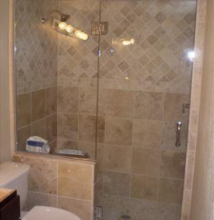 Shower-Enclouser-Picture-44