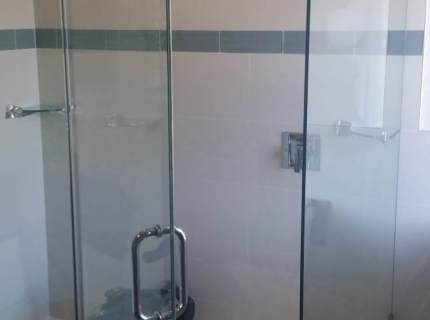 Shower-Enclouser-Picture-74