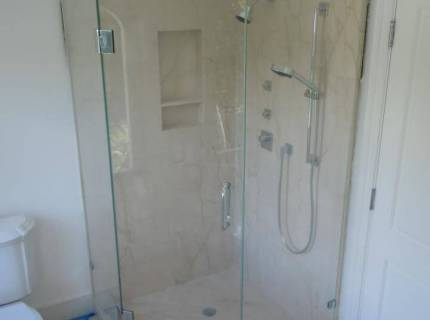 Shower-Enclouser-Picture-8